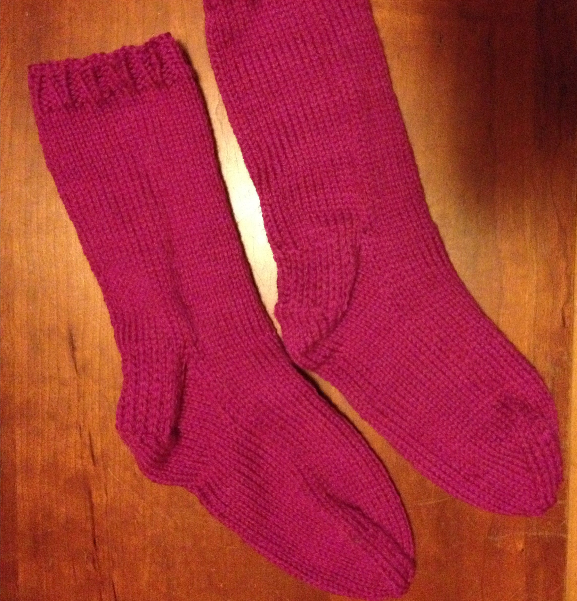 Knitting Pattern For Socks Using Circular Needles : My First Pair of Knitted Socks! hooked-on-crafting.com